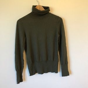 NWT Banana Republic Green Turtleneck M